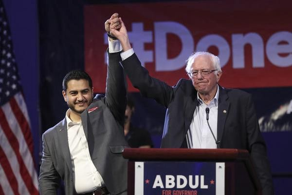 Picture of Bernie Sanders on stage with Abdul El-Sayed