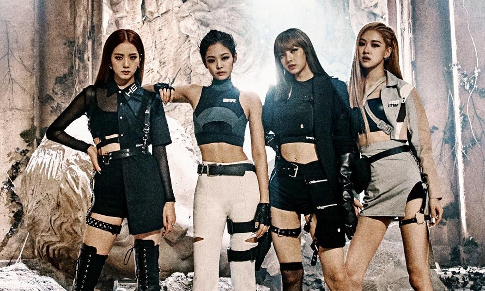 An image of the members of the group BLACKPINK